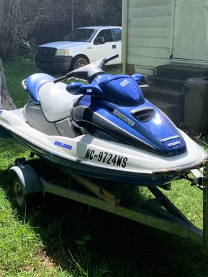 2001 Seadoo jet ski. May have engine issues. But will crank. for Sale in Chester, SC
