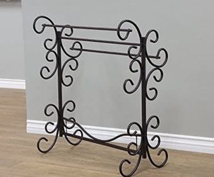 Home Furnishing Blanket Rack for Sale in Tigard,  OR