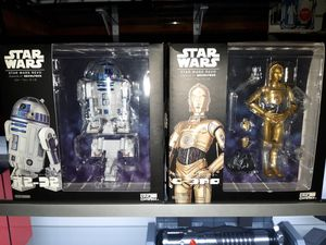 Star Wars R2-d2 & C-3PO for Sale in Los Angeles, CA