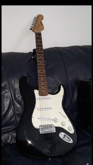 Electric guitar sakura for Sale in Los Nietos, CA