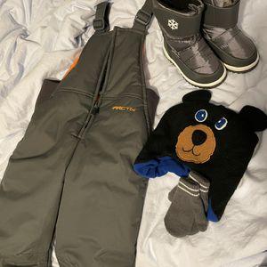 Toddler Snow Set 4t Bibs Shoe Sz9 for Sale in Oregon City, OR