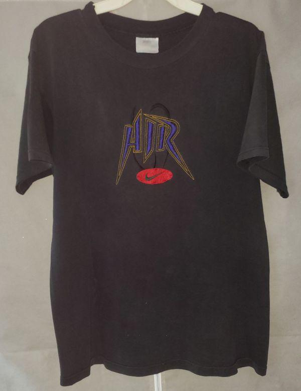 Vintage Nike embroidered tee shirt sz MED