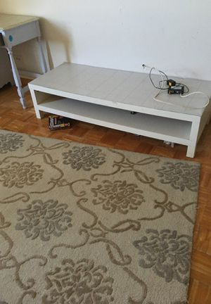 Free table. Tv stand for Sale in Indian Creek, FL