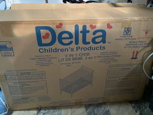 Delta Baby Crib for Sale in Redford Charter Township, MI