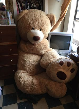93 inch pouch teddy bear need a new home asap for Sale in Modesto, CA