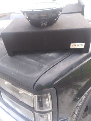 Truck box with mtx 10 for Sale in Winter Haven, FL