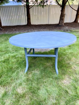 Outdoor Table / Furniture for Sale in Issaquah, WA