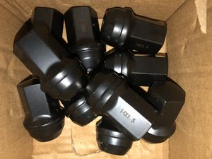 20 JEEP 14x.15 OEM FACTORY BLACK WHEEL LUG NUT FIT GRAND CHEROKEE STOCK WHEEL for Sale in Westchester, IL