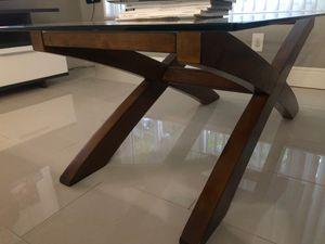 Coffee table for Sale in Deerfield Beach, FL