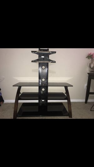 """Tv stand 19""""-42"""" for Sale in Austin, TX"""
