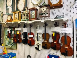 Violins 🎻 for Sale in Belleville, NJ