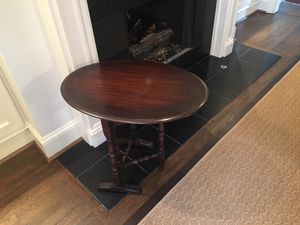 Oval Flip Top Table for Sale in Atlanta, GA