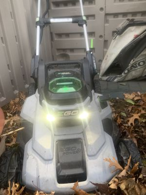 EGO 56V BATTERY LAWNMOWER for Sale in Bristol, RI
