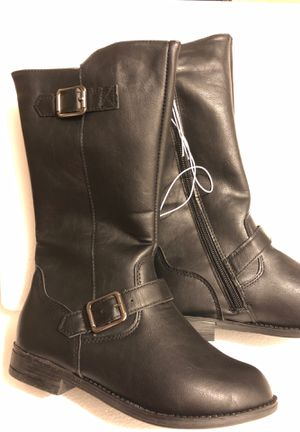 Girls sizes boots size 1, 3, 13 for Sale in Gansevoort, NY