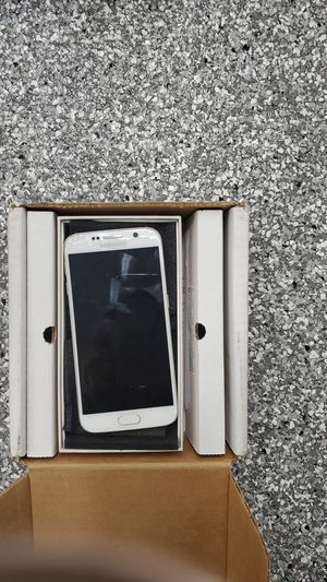 Samsung Galaxy S6 phone 📱 for Sale in Henderson, NV