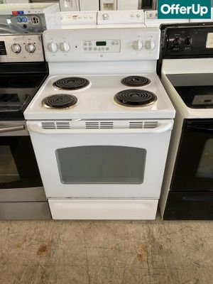 🚚💨Coil Top GE Electric Stove Oven White #1107🚚💨 for Sale in Sanford, FL