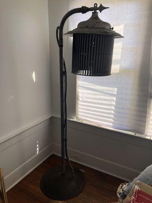 Industrial floor lamp!! for Sale in Honolulu, HI