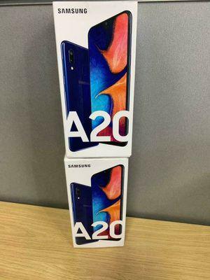 Brand new Samsung Galaxy A20, 32GB Unlocked phone for Sale in Brooklyn, NY