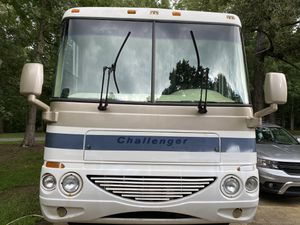 2004 Damon challenger class A RV/motor home v10 for Sale in Matthews, NC