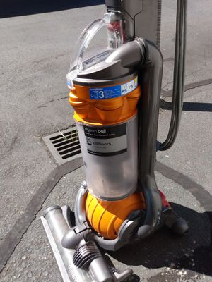 Dyson vacuum for Sale in Kent, WA