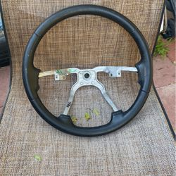 Jeep Cherokee Steering wheel for Sale in Long Beach,  CA