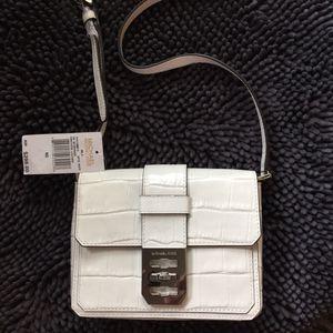 NWT Michael Kors purse for Sale in Dallas, TX