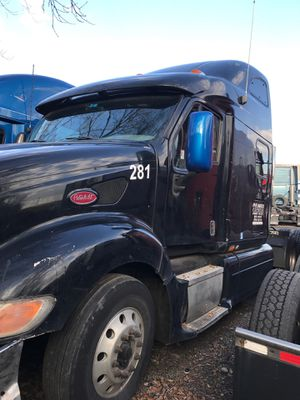2007 PETERBILT 387 SEMI TRUCK for Sale in Sterling Heights, MI