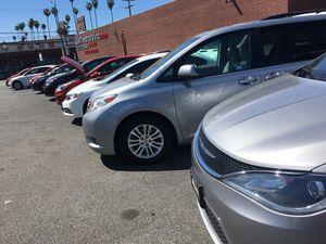 Tengo un lote de carros muy buenos for Sale in Los Angeles, CA