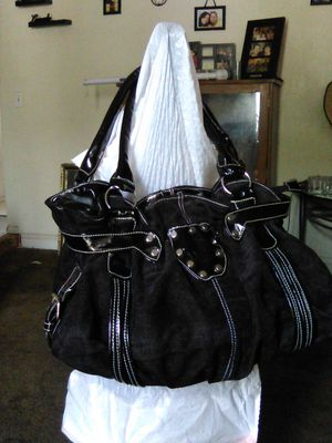 GAINNI VERSACE purse for Sale in Madera, CA