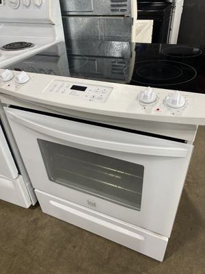 """30"""" Kenmore electric slide in stove for Sale in East Hartford, CT"""