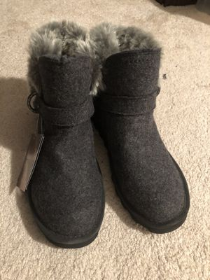 Bearpaws boots for Sale in Milton, MA