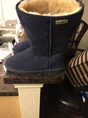 Women's bear paw snow boots size 12 for Sale in Fort Worth, TX