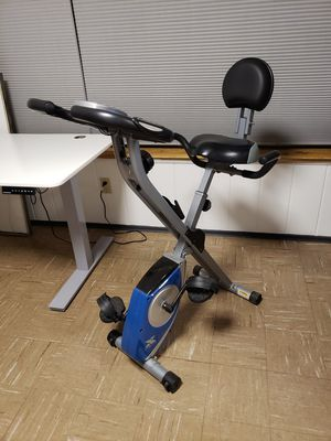 XTERRA Fitness FB350 Folding Exercise Bike, Silver for Sale in Burien, WA