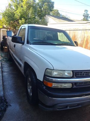 2001 chevy silverado for Sale in Lodi, CA