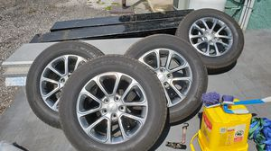 2016 Jeep grand Cherokee wheels and tires for Sale in Tampa, FL