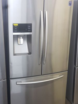 Samsung French door refrigerator silver for Sale in Paterson, NJ