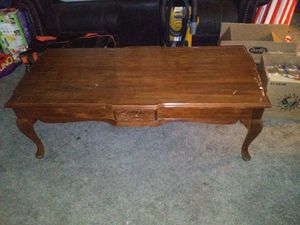 Coffee table for Sale in Maize, KS