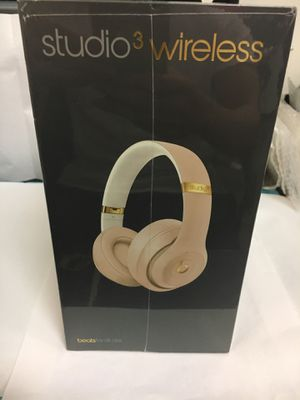 Beats studio 3 Wireless Gold for Sale in Renton, WA