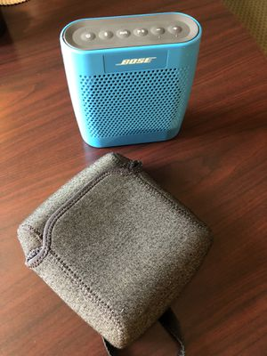 Bose SoundLink Color Bluetooth Speaker w/Cover for Sale in Durham, NC