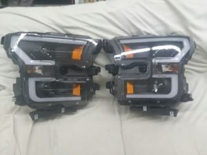 Ford f150 year 2015 to 2017 headlights assembly projector. Black housing pair. for Sale in San Jacinto, CA