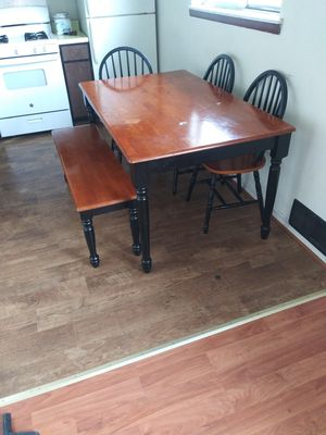 Table chair for Sale in Peoria, IL
