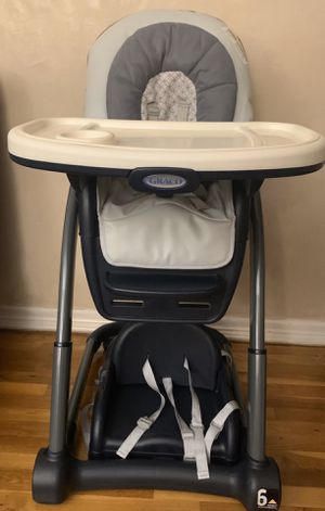 Graco® Blossom™ 6-in-1 High Chair in Sapphire for Sale in Brooklyn, NY