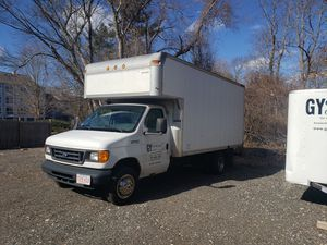 Ford E450 box truck for Sale in Stoughton, MA