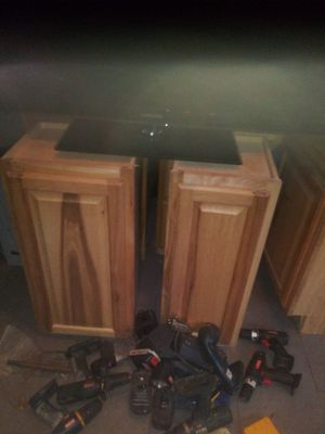 Kitchen cabinets for Sale in St. Petersburg, FL