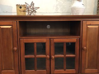 Corner Tv Console With Cabinets for Sale in Syosset,  NY