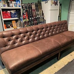 Vintage Couch Sofa Leather for Sale in Chicago, IL