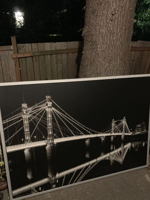Big black and white print of the Bridge over the river Thames in England. I will deliver it with my pick up truck locally for Sale in Seattle, WA