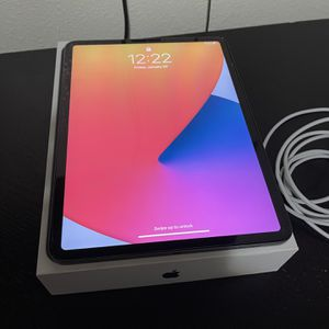 Ipad Pro 11 Inch 256gb Wifi Only 2020 Model With Apple Care+ for Sale in San Jose, CA
