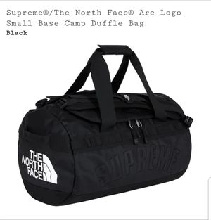 Supreme/ The North Face arc logo duffle bag for Sale in Brentwood, TN