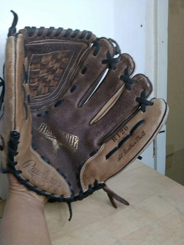 $34.99 - Rawlings R120 Renegade Baseball Glove Like New!